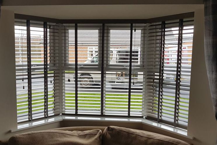 Affordable blinds fitted in a bat window